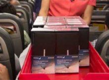 Samsung бесплатно раздала 200 смартфонов Galaxy Note 8 пассажирам в самолёте